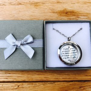 Medium Silver Memory Locket & Accessories
