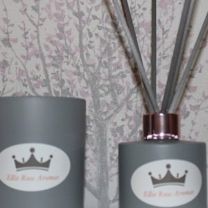 Ellie Rose Aromas Candle And Diffuser Gift Set